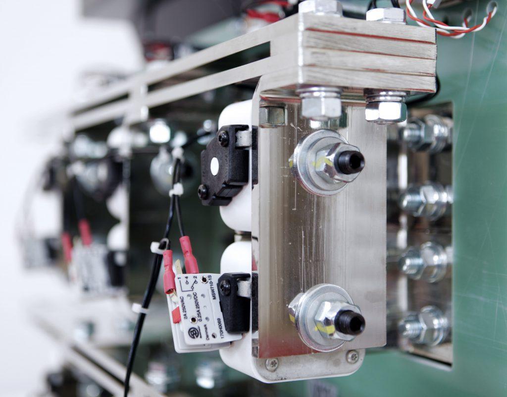GR93 power converter
